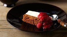 Pascale Naessens l Heerlijk dessert l Taart met philadelphia, speculoos en frambozen coulis l Best of all: low in calories!