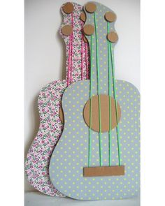 Costruire una chitarra di cartone...