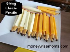String Cheese Pencils- Mozarella or Colby String Cheese sticks inch-thick slices of bologna Mustard Bugles Corn Snacks Raisins Kreative Snacks, String Cheese Sticks, Fingers Food, Corn Snacks, Cheese Snacks, Cheese Appetizers, Cheese Recipes, Class Snacks, Book Club Snacks
