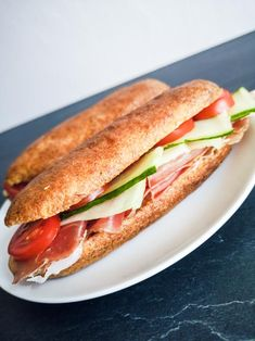 Low carb a keto bagetky - Keto Recepty Sandwiches, Low Carb, Recipes, Food, Anna, Eten, Recipies, Ripped Recipes, Paninis