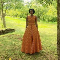 simple shweshwe dresses outfits 2017 - style you 7 South African Dresses, South African Traditional Dresses, Traditional Dresses Designs, African Dresses For Kids, African Print Dresses, African Print Fashion, African Attire, African Fashion Dresses, African Wear