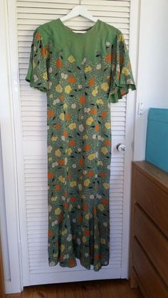 Vintage in perfect condition 40s Dress, 1930s Style, 1930s Fashion, 1970s, Summer Dresses, Mini, Vintage, Ebay, Tops