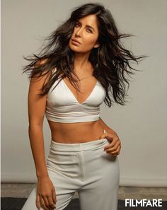 Katrina shows off her toned legs in a sexy sweater. The stunning Katrina Kaif graces the cover of Filmfare's June 2019 edition. Indian Bollywood Actress, Indian Actress Hot Pics, Bollywood Actress Hot Photos, Beautiful Bollywood Actress, Beautiful Indian Actress, Indian Actresses, Katrina Kaif Body, Katrina Kaif Navel, Katrina Kaif Hot Pics