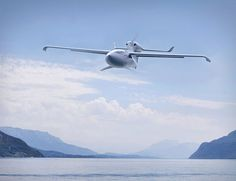 lisa-airplane-akoya. Oh, you can take-off and land on water, ground, or snow you say?