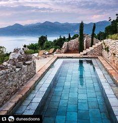 Happy Saturday! Is your weekend plans taking you to a relaxing pool like this one from @dunesdoons? I WISH!! Enjoy your Saturday! #pool #weekend #relaxing #summer croatia