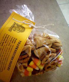 ThanksGiving Snack Mix- and Scotch Tape Winners - Craft-O-Maniac Thanksgiving Snacks, Fall Snacks, Cute Snacks, Holiday Snacks, Holiday Appitizers, Holiday Ideas, Autumn Ideas, Holiday Fun, Kindergarten Snacks