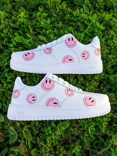 Dr Shoes, Swag Shoes, Cute Nike Shoes, Cute Nikes, Nike Air Shoes, Hype Shoes, Shoes Sneakers, Design Nike Shoes, Sneakers Style