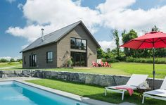 Modern Barn by Joan Heaton Architects | HomeAdore