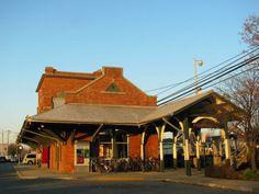 Farmingdale Train Station, NY
