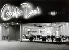 www.Mid-Century-Home.com  Douglas Honnold and John Lautner, Coffee Dan's Wilshire. Los Angeles, 1950.