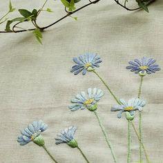 #야생화자수 #청화국 #꿈소 #꿈을짓는바느질공작소 #embroidery #bluedaisy