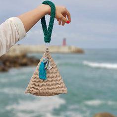 #pyramids . . -midori twist . #뜨개가방#손뜨개가방#네트백#네트백뜨기#코바늘가방#코바늘#가방뜨기#크로쉐#여름가방 #summerbag#crochetbag#crochet#crochetclutch#crochethook# Bag Crochet, Crochet Clutch, Crochet Handbags, Crochet Purses, Crochet Crafts, Crochet Yarn, Crochet Projects, Free Crochet, Knitted Bags