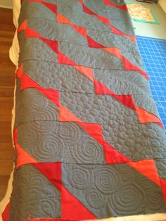 really cool - love the different quilting motifs. Beside the cutting pattern pin.