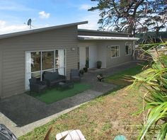 SOLD Open2view ID#338162 (38a Kenepuru Drive) - Property for sale in Tawa, New Zealand