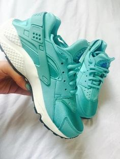 1166db31e68c Shared by 𝔰𝔞𝔡 𝔤𝔦𝔯𝔩. Find images and videos about sneakers