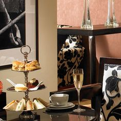 In the heart of the exclusive St James area of London along the famous Jermyn Street is the Cavendish Hotel, home to the fabulously traditional Cavendish Hotel Afternoon Tea (Petrichor at The Cavendish London).
