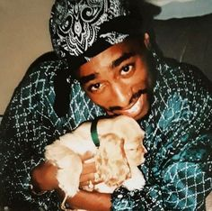 Tupac Photos, Tupac Pictures, Rare Pictures, Rare Photos, Tupac Wallpaper, Iphone Background Wallpaper, 2pac And Biggie, Tupac Art, Tupac Makaveli