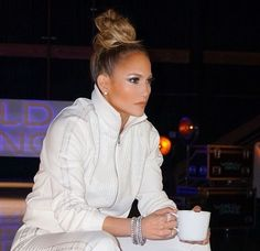 """Let's get loud, because none other than the OG fly girl, """"Jenny from the block"""" (that's right — Jennifer Lopez), is launching her own makeup Maquillaje Jennifer Lopez, Jennifer Lopez Makeup, Jlo Makeup, Hair Makeup, J Lo Fashion, Mode Inspiration, Mode Outfits, Top Knot, Hair Dos"""