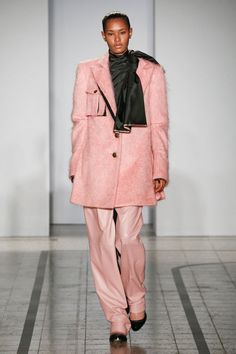 Mila Schön - look 16 IL SOLDATO ROSA – Dress uniform in pink mohair with invisible pockets inserted into the vintage silk lining.