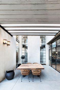 Om jullie meer te kunnen vertellen over de 10 must haves voor een Industrieel Chic Interieur hebben we een prachtig project gevonden uit Tel Aviv, Israel. Deze woning is ingericht...
