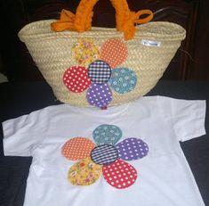 Colorido y original conjunto de toalla de gran tamaño y rizo de alta calidad, ideal para piscina o playa y cesta-capazo de palma de tamaño medio (s