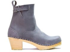 Clogs   Sandgrens   Swedish clogs   Handmade Boots   Boots   Clog Boots   Swedish Shoes   Womens Boots   Womens clogs   New York