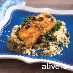 It doesn't get any simpler than this Sablefish in White Wine Sauce recipe. Serve it up with wilted greens and quinoa. Seafood Dishes, Fish And Seafood, Wine Sauce, Fish Recipes, Yummy Recipes, Salmon Burgers, Food For Thought, Cooking Recipes, Yummy Food