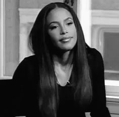 #Aaliyah when you smile cause someone calls you pretty and you try to hold it in but you cant cause you love compliments