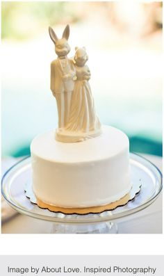 Bring some character to your wedding cake!  | WedAZ.com | Wedding Articles