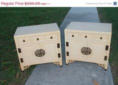 ON SALE Vintage Pair Nightstands Century by feelinvintage on Etsy, $535.50