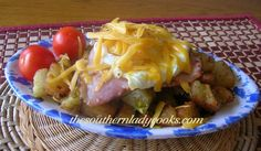 "FRIED POTATO BREAKFAST BOWL--I love fried potatoes fixed anyway you can ""fix"" them! Scoop of fried potatoes 1 egg cooked the way you like it Slice of fried ham Cheese of your choice, sprinkle on top Breakfast For Dinner, Breakfast Dishes, Breakfast Time, Breakfast Recipes, Breakfast Ideas, Breakfast Casserole, Country Breakfast, Breakfast Burritos, Fried Ham"