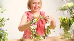 Näin sidot helpon kukkaseppeleen Finland