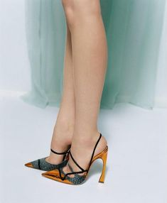 #Dior raf Simons - those #shoes!!!! https://www.pinterest.com/olgatoptour/dior-wedding https://www.pinterest.com/olgatoptour/dior-watch https://www.pinterest.com/olgatoptour/dior-wallpaper Hey @khengg, @micacardenaa, @stylechatmobile, @kakufujisawa! What are you thinking about this #DIOR pin?