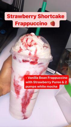 Bebidas Do Starbucks, Healthy Starbucks Drinks, Yummy Drinks, Smoothies, Smoothie Drinks, Smoothie Recipes, Starbucks Secret Menu Drinks, Coffee Drink Recipes, Fun Baking Recipes