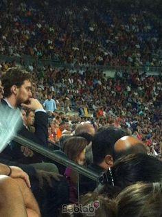 Pau Gasol avistado con Beblab en el Camp Nou, Barcelona