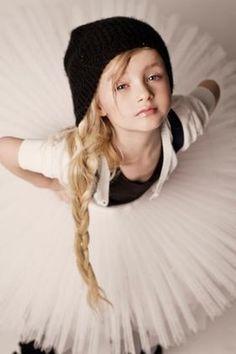 【ロシアの天使5】ロシアンキッズモデルエヴェリーナ・ヴォズンゼスカヤまとめ☆ - NAVER まとめ