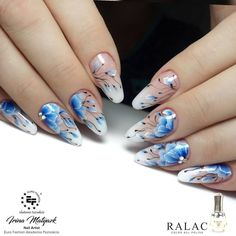 "Nail master Ирина Матяж on Instagram: ""#nailstagram #beautiful#наращиваниеногтей #красивыйдизайн #nailart #ручнаяроспись #naildesign #beautynail#nail_art_club #nailswag…"" Beauty Nail, Pretty Nail Art, Beautiful Nail Designs, Glitter Nail Art, Flower Nails, Blue Nails, Nail Art Designs, Flowers, Finger Nails"