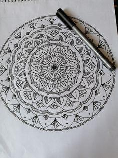 Mandala Doodle, Mandala Art Lesson, Mandala Artwork, Mandala Painting, Mandala Sketch, Mandela Drawing, Mandela Patterns, Mehndi Designs Book, Doodle Art Drawing