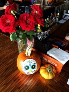 It's Fall in Ciao Bella! #happyhalloween #October #Fall #Pumpkins #Redflowers