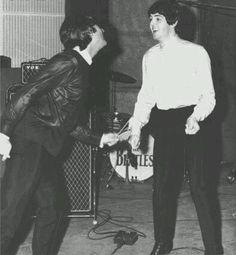 Beatles Band, Beatles Love, Beatles Photos, Liverpool, Great Bands, Cool Bands, John Lennon Paul Mccartney, Just Good Friends, The Fab Four