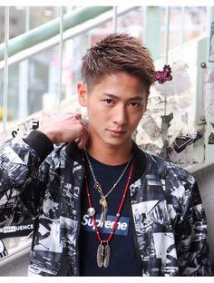 Asian Men Hairstyle, Asian Hair, Men's Hairstyle, Haircuts For Men, Hair Cuts, Hair Beauty, Mens Fashion, Popular, Hair Styles