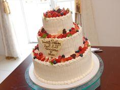 046 シンプル3段ケーキはやっぱり豪華!