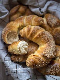 Bread Bun, Bread Rolls, Polish Recipes, Breakfast Dishes, Daily Bread, Bread Baking, Food Dishes, Good Food, Food And Drink