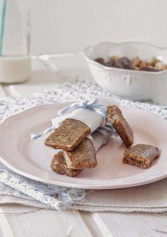 Nem acredito que é saudável!: Barrinhas de caju e banana (vegan, sem glúten, sem açúcar). Banana cashew larabars