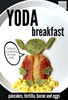Healthy Recipes : Illustration Description Want your young Jedi to be STRONG in the FORCE all day long? Make sure to make this Star Wars Yoda Breakfast With Pancakes, Bacon & Eggs and fight the Republic all day long. Birthday Breakfast For Husband, What's For Breakfast, Breakfast Recipes, Breakfast Healthy, Dessert Recipes, Star Wars Essen, Cute Food, Good Food, Star Wars Food
