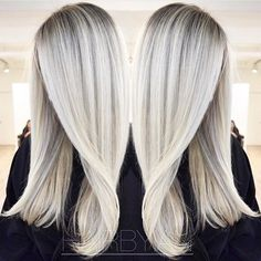 Cool as ice blonde. Color by @hairbyian  #hair #hairenvy #haircolor #blonde #iceblonde #balayage #highlights #newandnow #inspiration #maneinterest