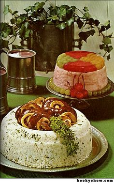 food The fantastic culinary horrors of the 1970 book Happy Living: A Guide for Retro Recipes, Old Recipes, Vintage Recipes, Gross Food, Weird Food, Antipasto, Vintage Cooking, Vintage Food, Vintage Cakes