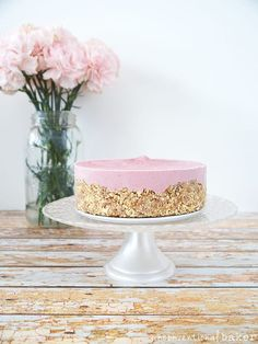Raw Strawberry Cheesecake (Free from: gluten & grains, dairy, refined sugar)