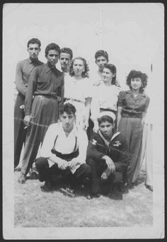Sleepy Lagoon Case defendants with Alice McGrath, Bobby Thompson and Alice Greenfield. Mexican American, Mexican Art, American History, 1940s Mens Fashion, 1940's Fashion, Chicano Art, Chicano Studies, Vintage Magazine, Brown Pride