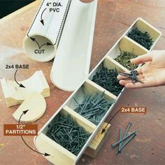 ❧ Easy and useful storage for screws or anything little on a table. Rangement facile et utile pour les vis ou quoi que ce soit sur une table .